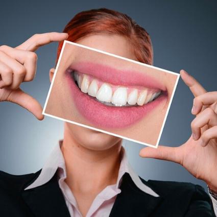 Beauty Benefits of Eggs teeth-whitening-eggshell-treatment